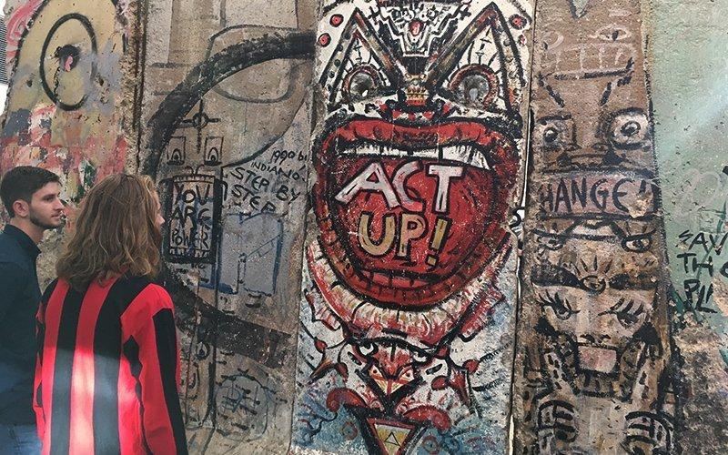 Berlin Wall Newseum WPU Honors - Honors Program