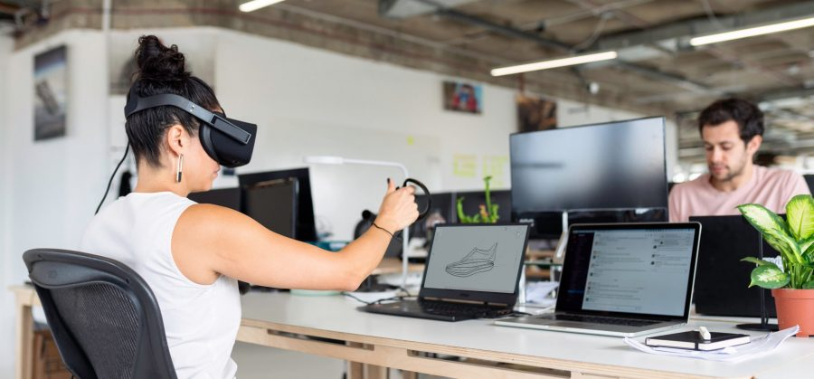 VR and immersive learning Blog 3 scaled e1594059540199 - Experiential + Immersive Learning