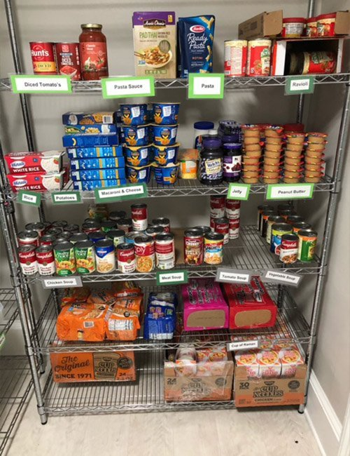 WPU family give back to Pacer Pantry 2 - Giving Thanks